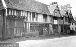 Old Houses c.1965, Chiddingstone