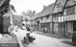 The Village c.1960, Chiddingstone
