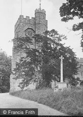 Chilham, St Mary's Church and War Memorial 1925
