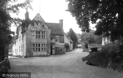 Chilham, Woolpack Hotel 1925