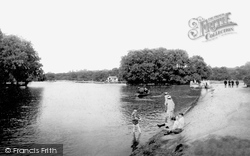 Chingford, Connaught Water 1904