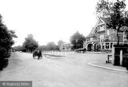 Chingford, Queen Elizabeth Hotel 1911