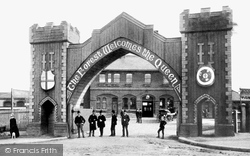 Chingford, Railway Station, Triumphal Arch c.1882