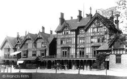 Chingford, Royal Forest Hotel 1903