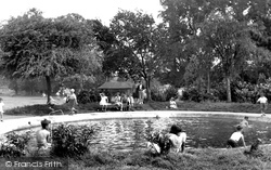 Chippenham, Children's Pool, John Cole's Park c.1955