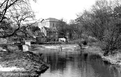 Chippenham, River Avon And The Bridge c.1955