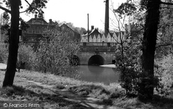 Chippenham, Town Bridge From The Island c.1955