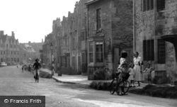 Chipping Campden, High Street c.1950