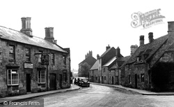 Chipping Campden, St Catherine's Square c.1955