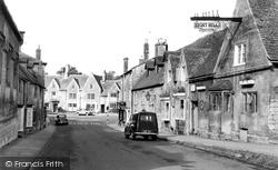 Chipping Campden, The Eight Bells 1958