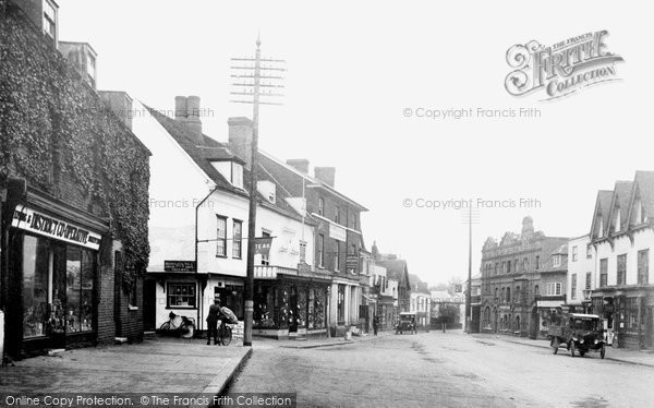 High Street Ongar, 1923, Essex.  (Neg. 74823)  © Copyright The Francis Frith Collection 2005. http://www.francisfrith.com
