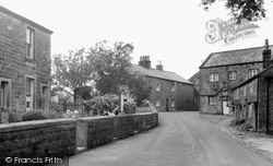 Chipping, Windy Street And Old School c.1955