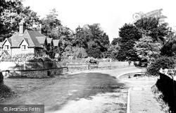 Chipstead, Elmore Cottages c.1955