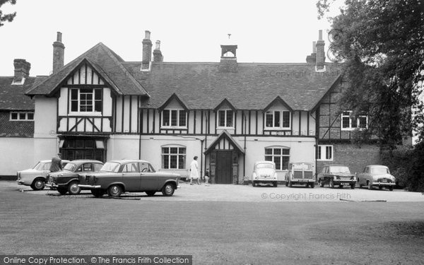 Photo of Chipstead, Fair Dene School c.1965