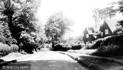 Chipstead, High Road c.1960