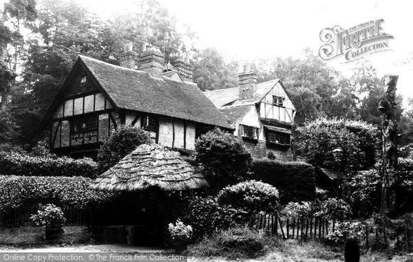 Chipstead, the Cottage c1960