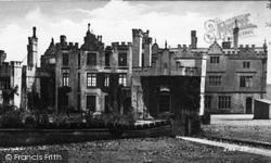 Brynkinalt Hall 1931, Chirk