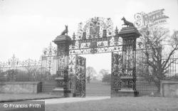 Chirk, Castle Gates 1939