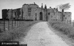 Chirk, Castle, The Approach And Gatehouse 1952
