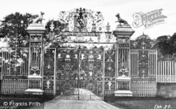Chirk, The Castle Gates 1931