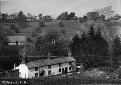 The Glen 1939, Chirk