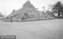 Chirk, The Mount 1959