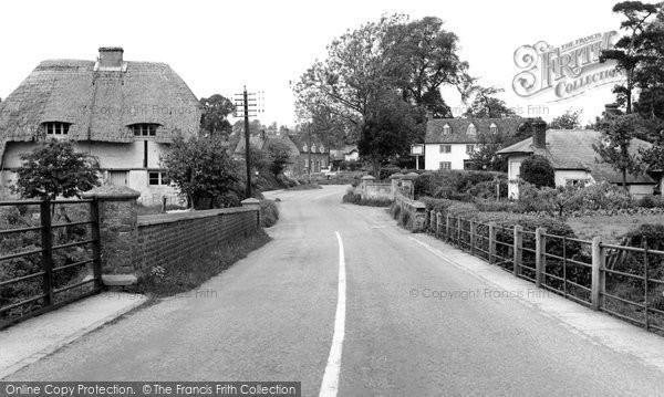 Photo of Chiselhampton, The Village c.1960