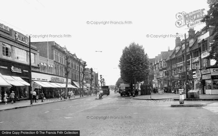 Photo of Chiswick, High Road 1961