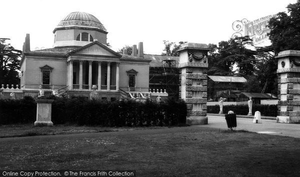 Chiswick, the House and Grounds c1960