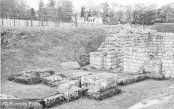 Chollerford, East Gate, Chesters Roman Fort c.1955