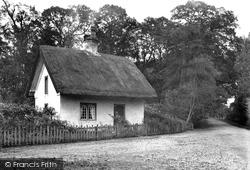 Cholmondeley, Nantwich Lodge c.1940, Cholmondeley Castle