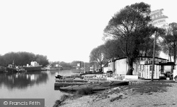 Houseboats On The Stour c.1955, Christchurch