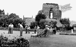 The Bowling Green And Castle Ruins c.1955, Christchurch