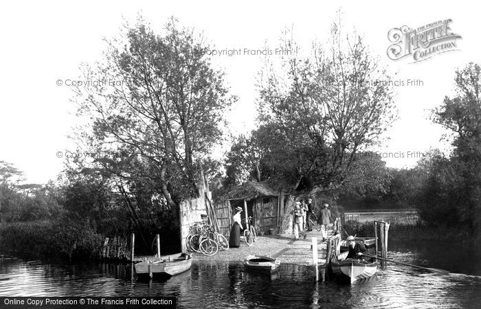 Photo of Christchurch, Wick Ferry, West Landing 1900