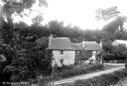 Glen, Cottage 1907, Chudleigh