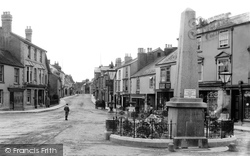 The Square 1907, Chudleigh