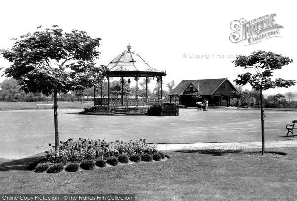 Photo of Church Gresley, Maurice Lea Memorial Park c.1955