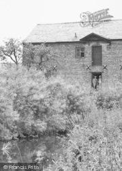 Church Minshull, Men At The Old Mill c.1955