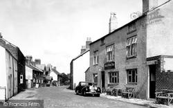 The Punch Bowl Inn c.1955, Churchtown