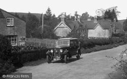 Churt, Car 1933
