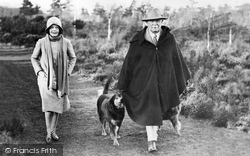 Churt, Lloyd George And His Daughter 1931