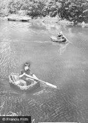 Cilgerran, Coracles c.1960