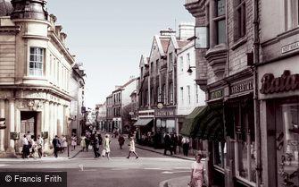 Cirencester, Cricklade Street c1965