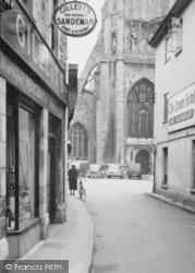 Cirencester, Gillett's Wine Merchant, Blackjack Street c.1955