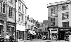 Cirencester, Looking Into West Market Place c.1955