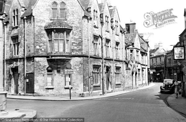 Cirencester, Town Approach c1955