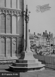 Cirencester, War Memorial c.1960