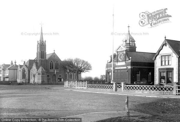 Clacton-on-Sea © Copyright The Francis Frith Collection 2005. http://www.francisfrith.com