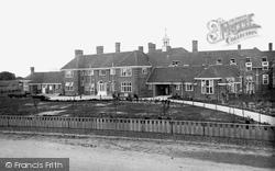 Clacton-on-Sea, Ogilvy School 1921