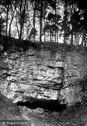 Entrance To Ingleborough Cave 1921, Clapham